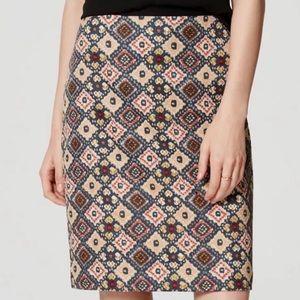 LOFT diamond print pencil skirt 8 • like new